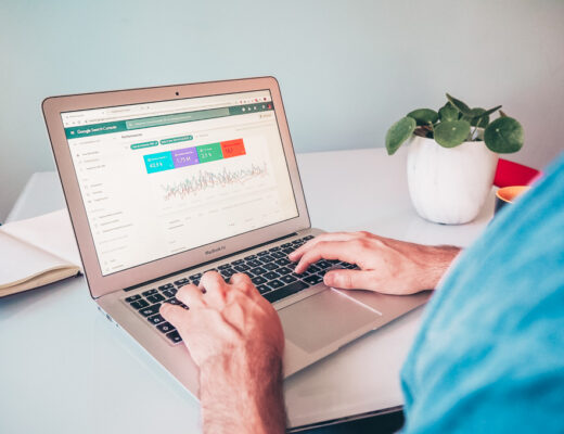 A man using Google Analytics on his website