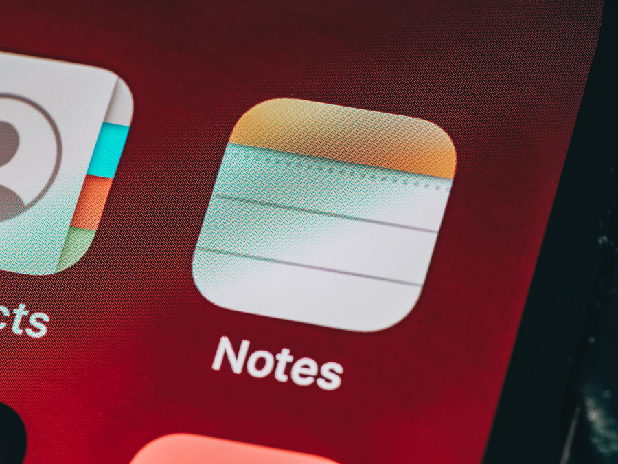 An Apple screen with the notes app
